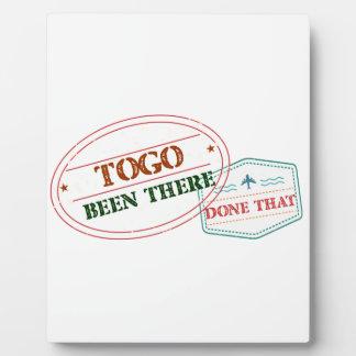 Placa Expositora Togo allí hecho eso