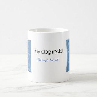 Plan grande de la agilidad - perro del palillo taza de café