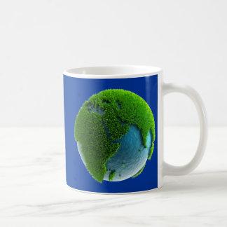 Planeta Tierra hecho de agua y hierba - M1 Tazas