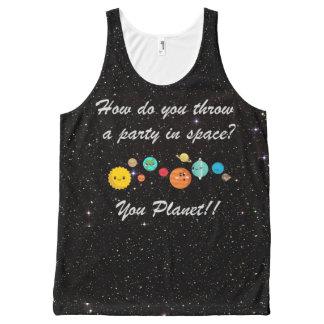 Planetas divertidos del dibujo animado en espacio camiseta de tirantes con estampado integral