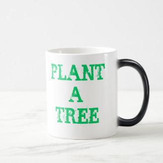 Plante un árbol taza mágica