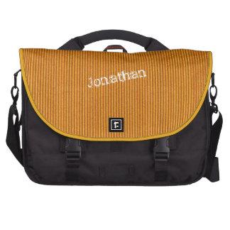 Plantilla anaranjada del bolso del ordenador portá bolsas para portatil