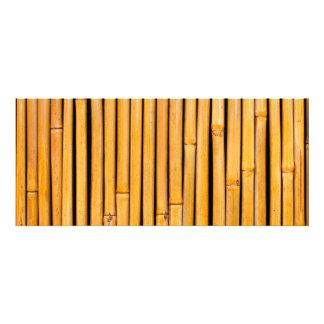 Plantilla de bambú hawaiana tropical del fondo comunicados