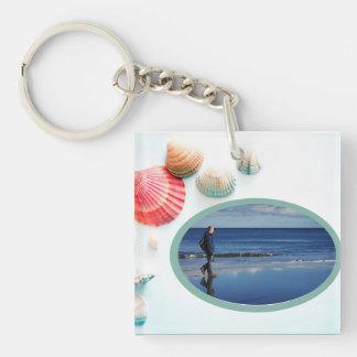 Plantilla de la foto del fondo de los Seashells Llavero Cuadrado Acrílico A Una Cara