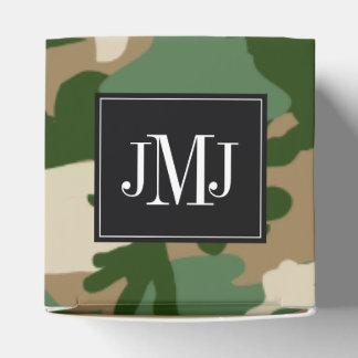 Plantilla del monograma del camuflaje del safari caja para regalo de boda