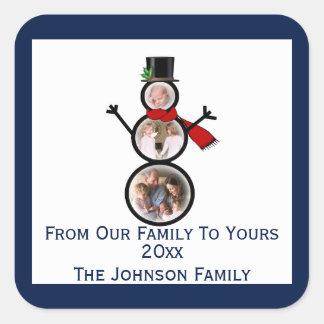 Plantilla festiva del marco de la foto del muñeco pegatina cuadrada