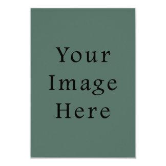 Plantilla oscura de la tendencia del color verde invitación 8,9 x 12,7 cm