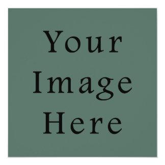 Plantilla oscura de la tendencia del color verde invitación 13,3 cm x 13,3cm