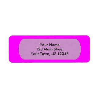 plantilla púrpura magenta para personalizar etiquetas de remite