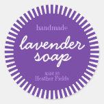 Plantilla redonda de la etiqueta del jabón hecho a