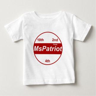 Plantilla vertical de la camiseta infantil -