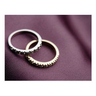 Plata de los anillos de bodas postal