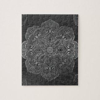Plata de madera de la mandala puzzle