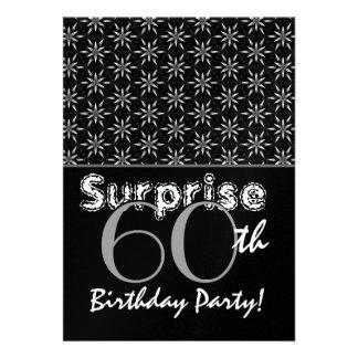 Plata del cumpleaños de la sorpresa y plantilla de invitación personalizada