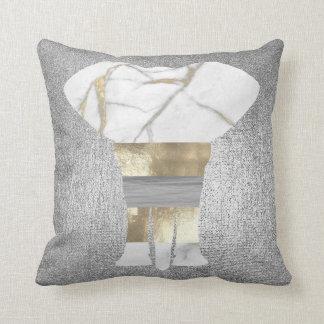 Plata gris conceptual del oro del elefante del cojín decorativo