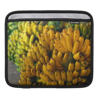 Plátanos en la noche funda para iPad