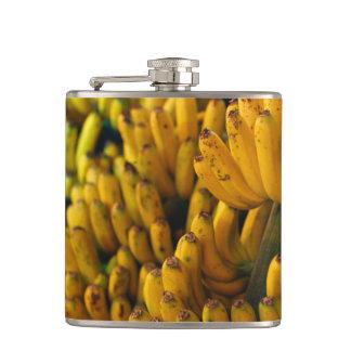 Plátanos en la noche petaca