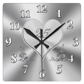 Platee los 25tos relojes del aniversario de boda