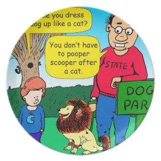 Plato 901 porqué es el perro vestido como un dibujo