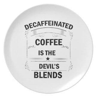 Plato bebida divertida del café