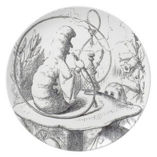 Plato Caterpiller fuma un ushrooa de la cachimba