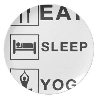 Plato Coma la yoga del sueño