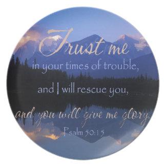 Plato Confianza en mí en tiempos de 50:15 de los salmos