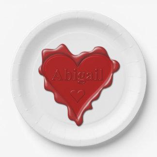 Plato De Papel Abigail. Sello rojo de la cera del corazón con