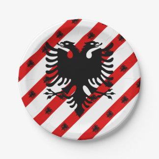 Plato De Papel Bandera albanesa de las rayas