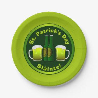 Plato De Papel Cerveza verde de Sláinte del día de St Patrick