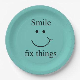 Plato De Papel Cosas del arreglo de la sonrisa