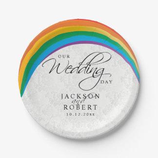 Plato De Papel Gay del arco iris - nuestro día de boda