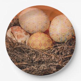 Plato De Papel Huevos de Pascua rústicos en jerarquía