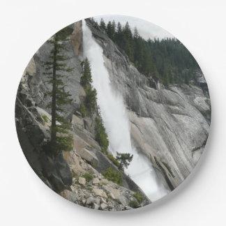 Plato De Papel Nevada cae en el parque nacional de Yosemite