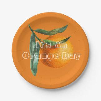 Plato De Papel Por un día anaranjado
