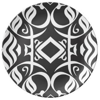 Plato De Porcelana Dinnerplate caligráfico en blanco y negro