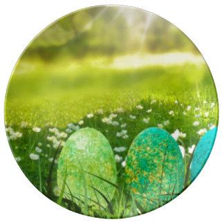 Plato De Porcelana Huevos de Pascua en verdes y azules de la