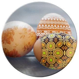 Plato De Porcelana Huevos de Pascua pintados rústicos