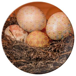 Plato De Porcelana Huevos de Pascua rústicos en jerarquía