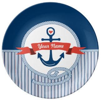 Plato De Porcelana La cinta náutica de la cuerda del ancla raya el