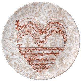 Plato De Porcelana Manuscrito medieval de color rojo oscuro en forma