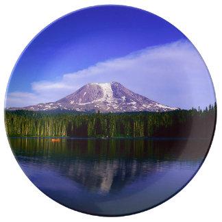 Plato De Porcelana Mt. Adams, Washington