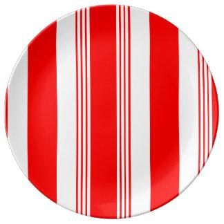 Plato De Porcelana Placa rayada de la porcelana del caramelo - blanco