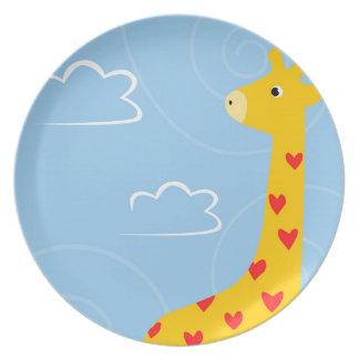 Plato Ejemplo de la jirafa con los corazones minúsculos