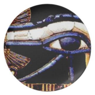 Plato El ojo egipcio de Horus