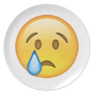 Plato Emoji - llorando