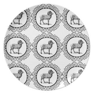 Plato espolón en una ronda