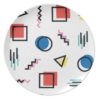 Plato estilo abstracto de Memphis de los años 80