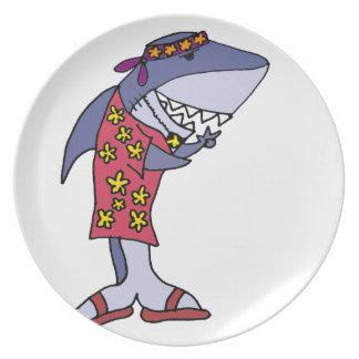Plato Hippy divertido del tiburón en la playa