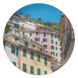Plato Hogares coloridos en Cinque Terre Italia